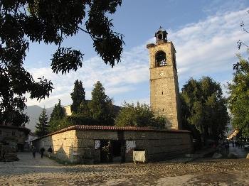 Храмът Св. Троица в Банско става 185 г., смята се, че това е най-голямата църква Балканите